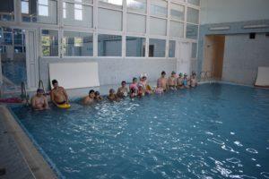 _Занятие в бассейне